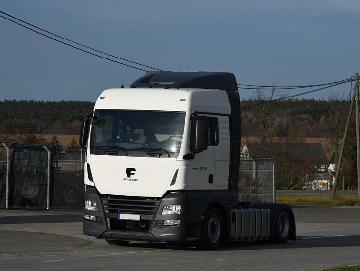 Электрический грузовик