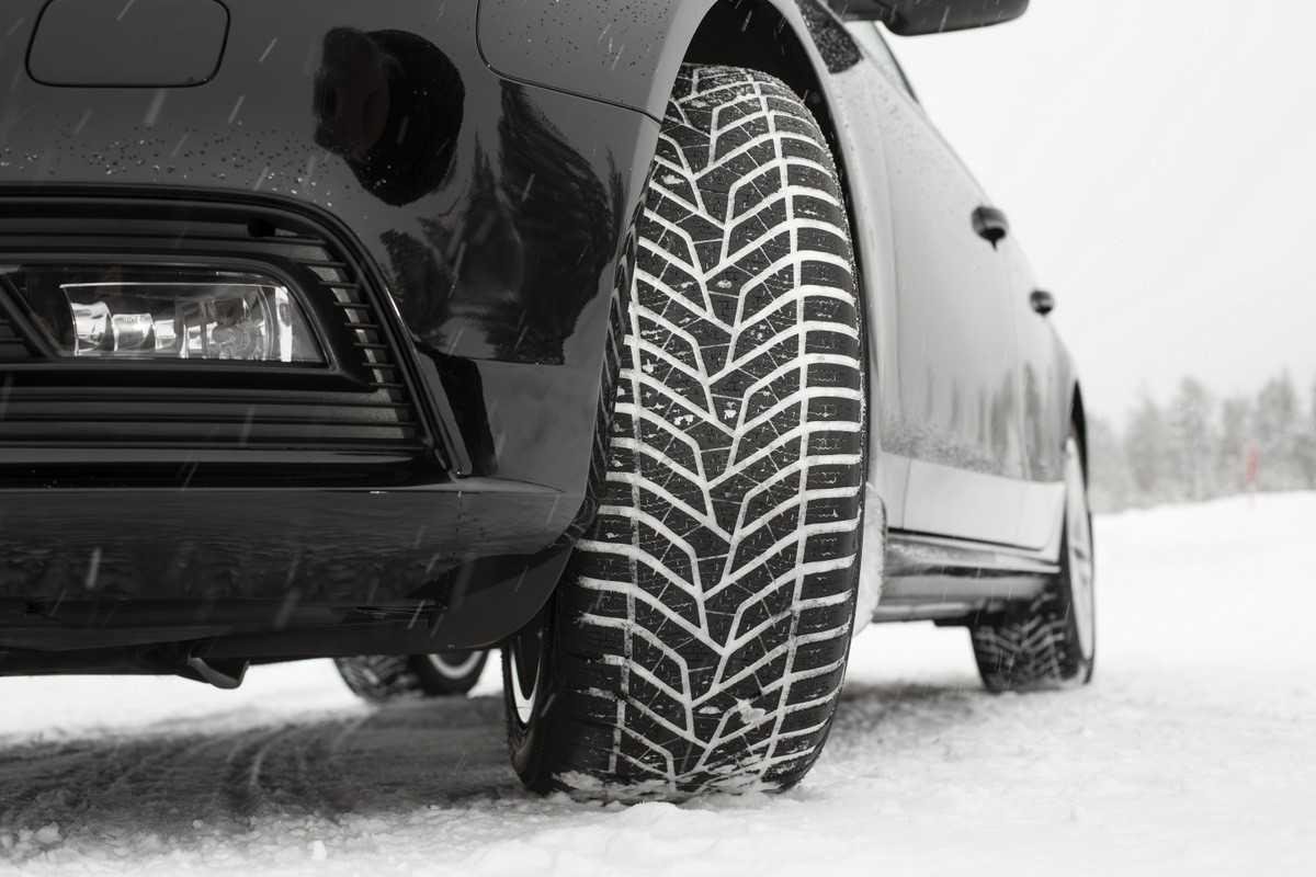 Давление в шинах, водитель должен помнить об этом зимой