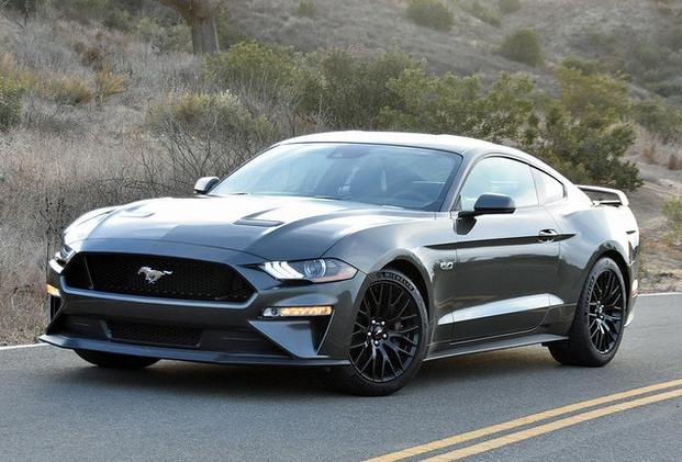 Ford Mustang может стать гибридом