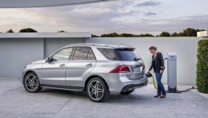 Гибрид Mercedes-Benz GLE увеличивает пробег