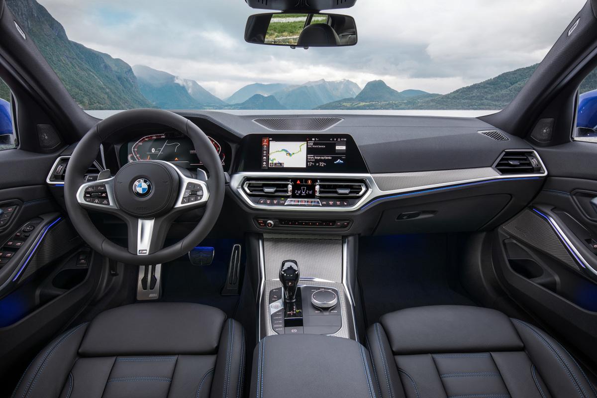 Париж 2018. BMW 3 Series G20