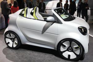 Смарт представила электрический автомобиль без крыши