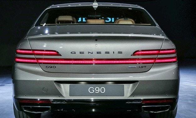 Genesis обновил флагманский седан G90