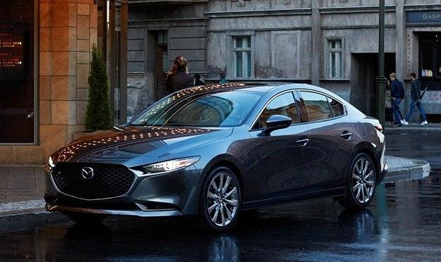 Mazda представляет новое поколение Mazda3