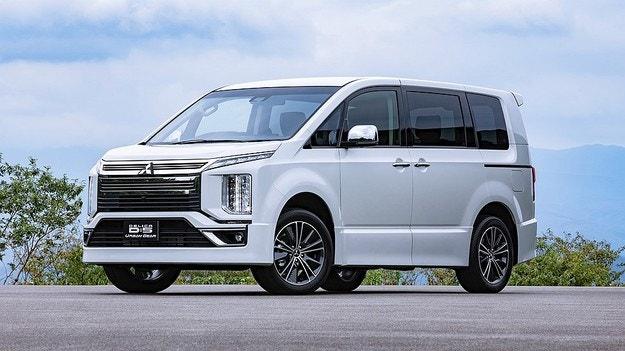 Mitsubishi представила обновленный микроавтобус Delitsa