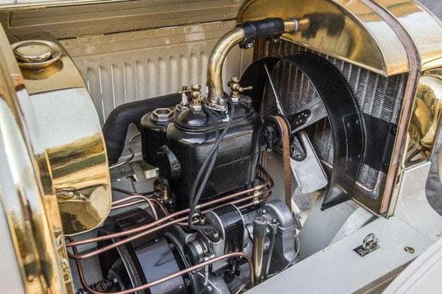 Skoda восстановила Laurin & Clement BSC 1908 года выпуска