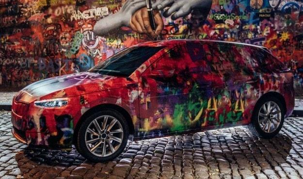 Новая модель Škoda с уникальной окраской