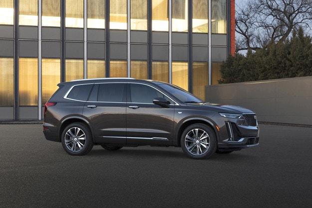 Cadillac представил новый кроссовер XT6