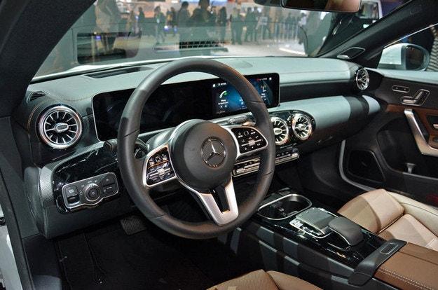 Mercedes-Benz представил новый седан CLA