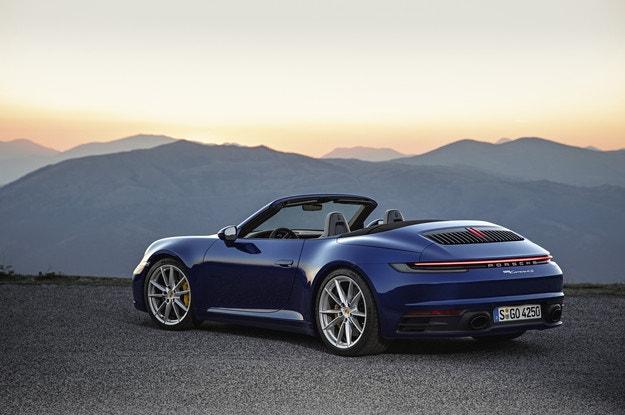 Новый Porsche 911 уже и без крыши