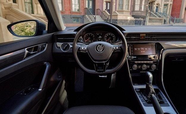 Появились первые фотографии нового VW Passat