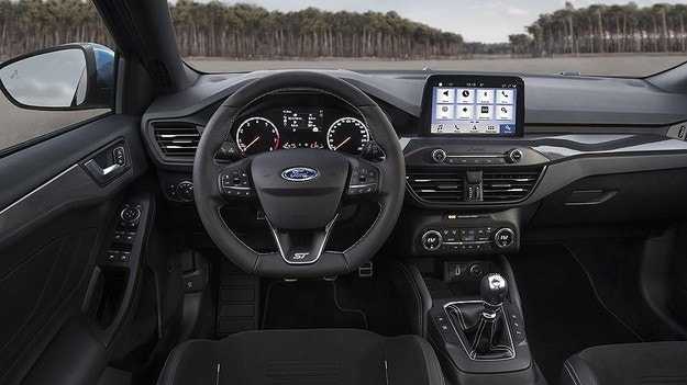 Ford представил новый Focus ST