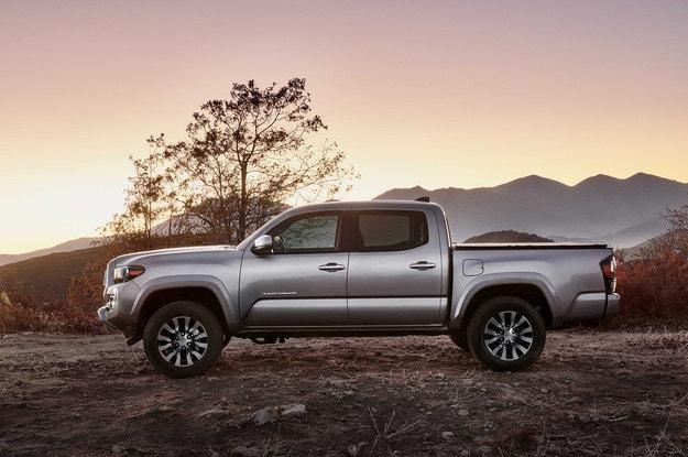 Toyota представила обновленный пикап Tacoma