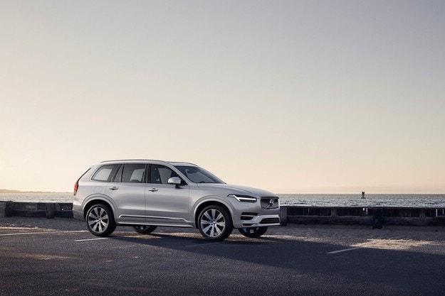 Volvo Cars представила обновленный внедорожник Volvo XC90