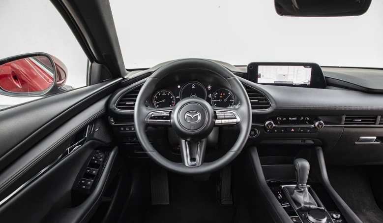 Новая Mazda 3 Skyactiv-G 2.0 6AT