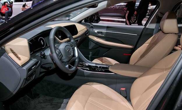 Hyundai показала в Нью-Йорке новый седан Sonata