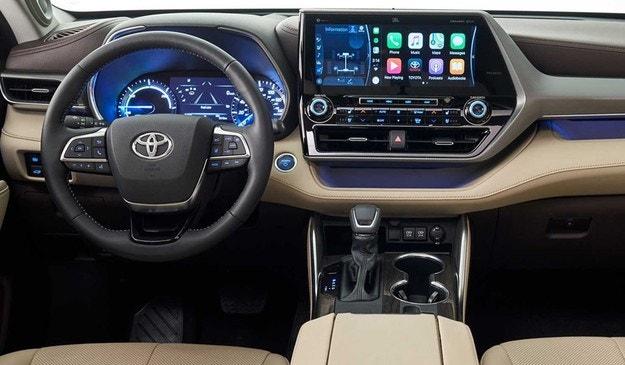 Новая Toyota Highlander дебютировала в Нью-Йорке