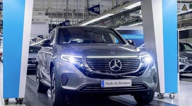 Mercedes-Benz начал производство электрического кроссовера EQC